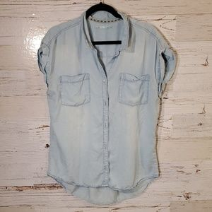 Maurice's full button down blouse